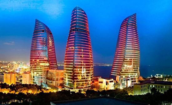 Пламенные башни Баку