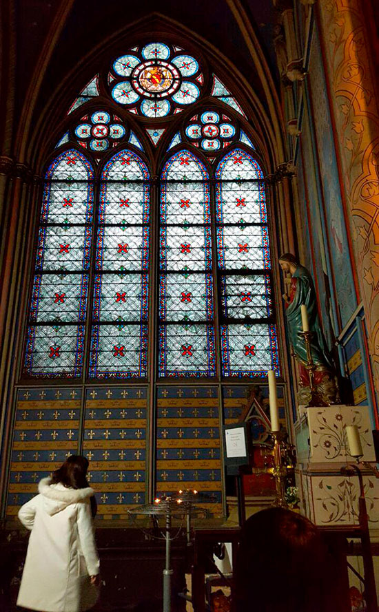 Витражи в Соборе Парижской Богоматери