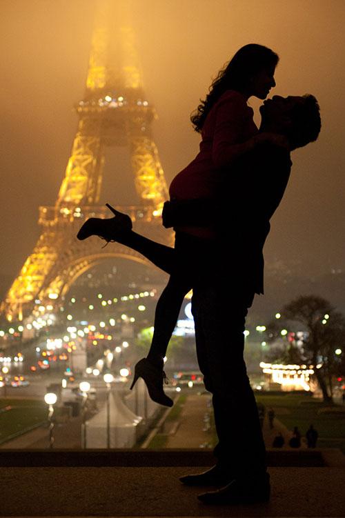 Романтический ужин в День Влюбленных в Париже!