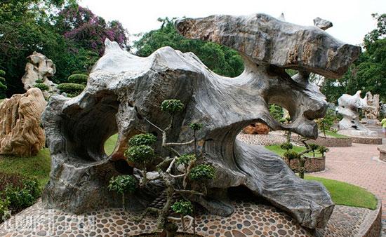 Парк древних камней
